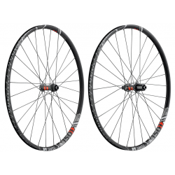 "RA DT Swiss XR 1501 Spline One 29""Alu, nero, Center Lock, 100/15mm PP"