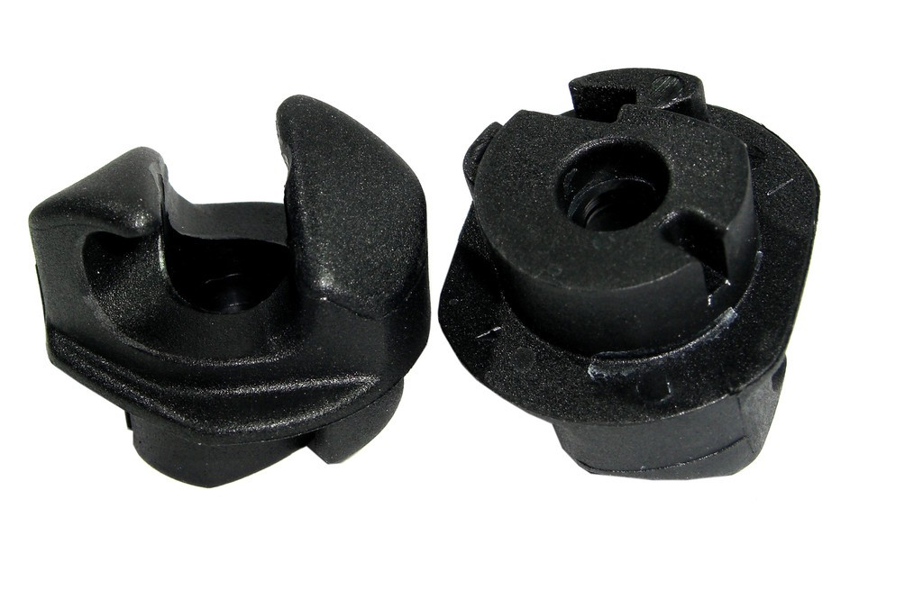 Gancio fissaggio Thule per staffe 12mm Pack 'n Pedal
