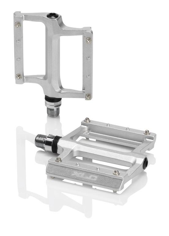 XLC Pedali con piattaforma PD-M22 titanio