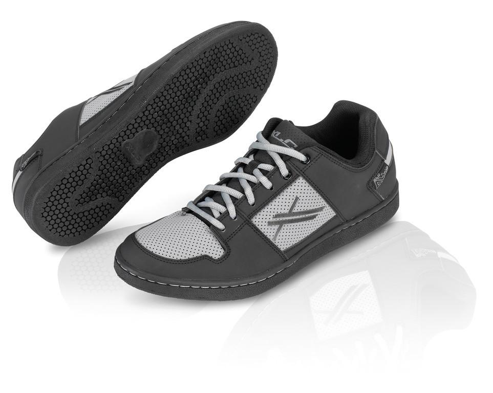 XLC All Ride scarpa sportiva CB-A01 nero/antracite T. 39