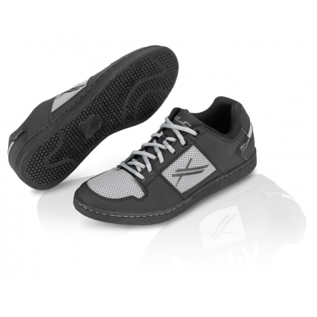 XLC All Ride scarpa sportiva CB-A01 nero/antracite T. 41