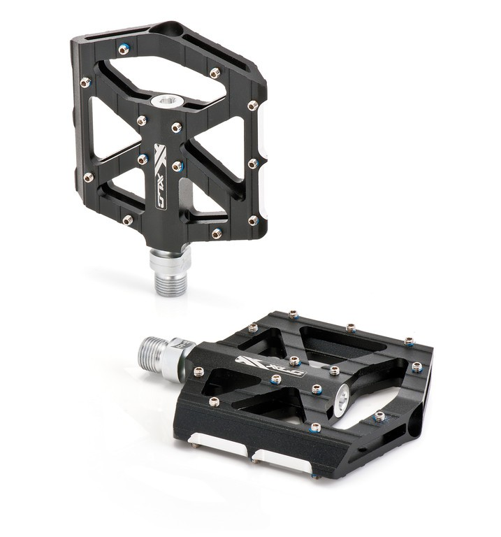 Coppia pedali XLC BMX/Freeride PM-M12. nero/argento